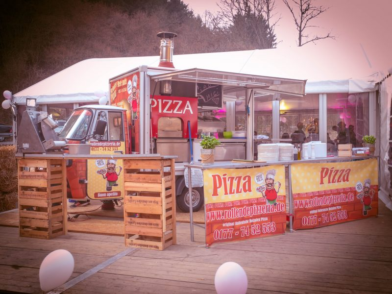 Pizza Food Truck original italienische Steinofenpizza
